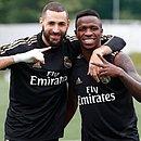 Benzema e Vinicius Junior já se acertaram e treinaram normalmente