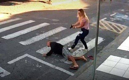 Mãe PM estava chegando à escola com a filha quando notou o assalto e atirou no ladrão