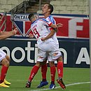Rodriguinho comemora com Gilberto e Patrick gol marcado contra o Fortaleza, no estádio Castelão