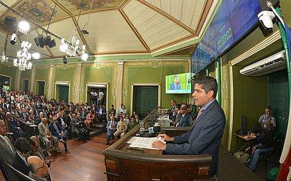 Câmara retoma atividades e ACM Neto projeta 'ano recorde de inaugurações'