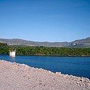 Barragem do Apertado em Mucugê, na Chapada Diamantina: infiltrações, erosões e fissuras