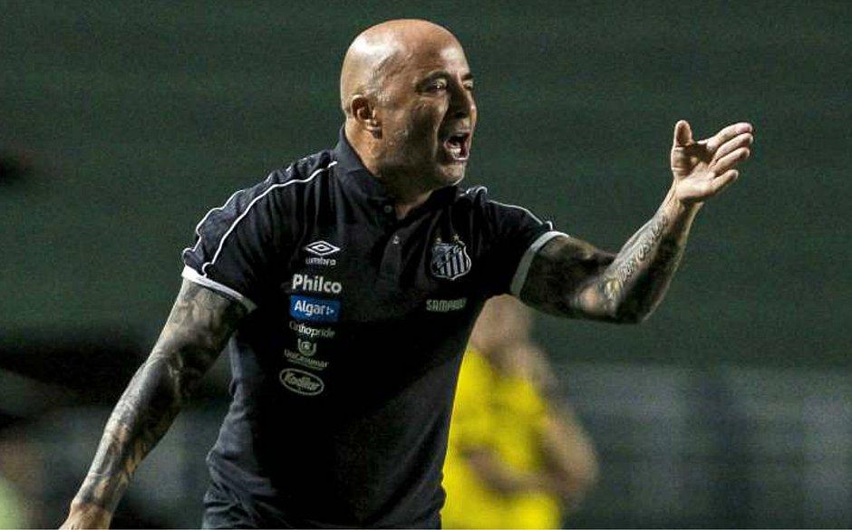 O argentino Jorge Sampaoli está na mira do Palmeiras