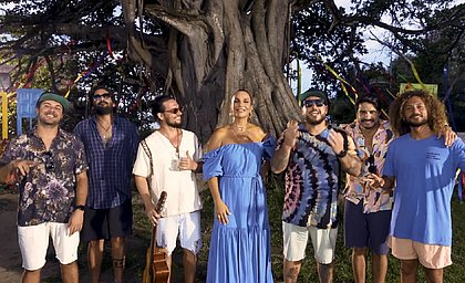 Em parceria com o Atitude 67, Ivete grava música na Praia do Forte