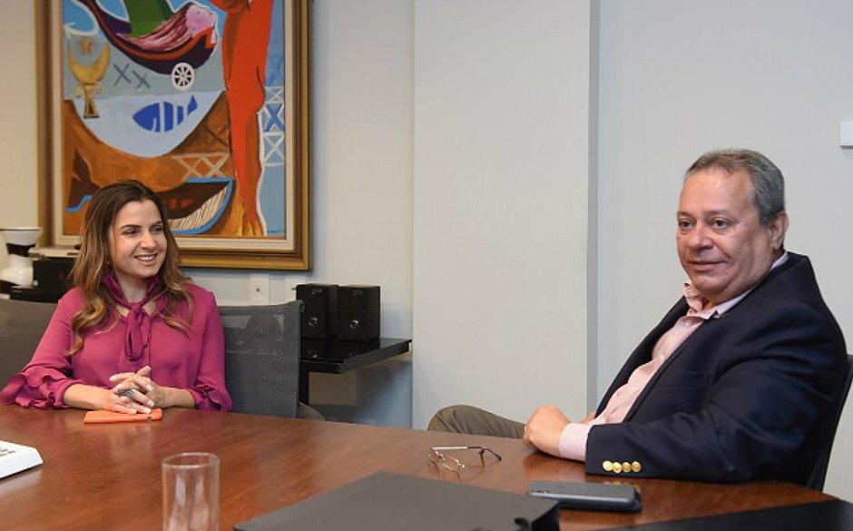 Renata Correia e Ricardo Alban se reuniram nesta quarta (11)