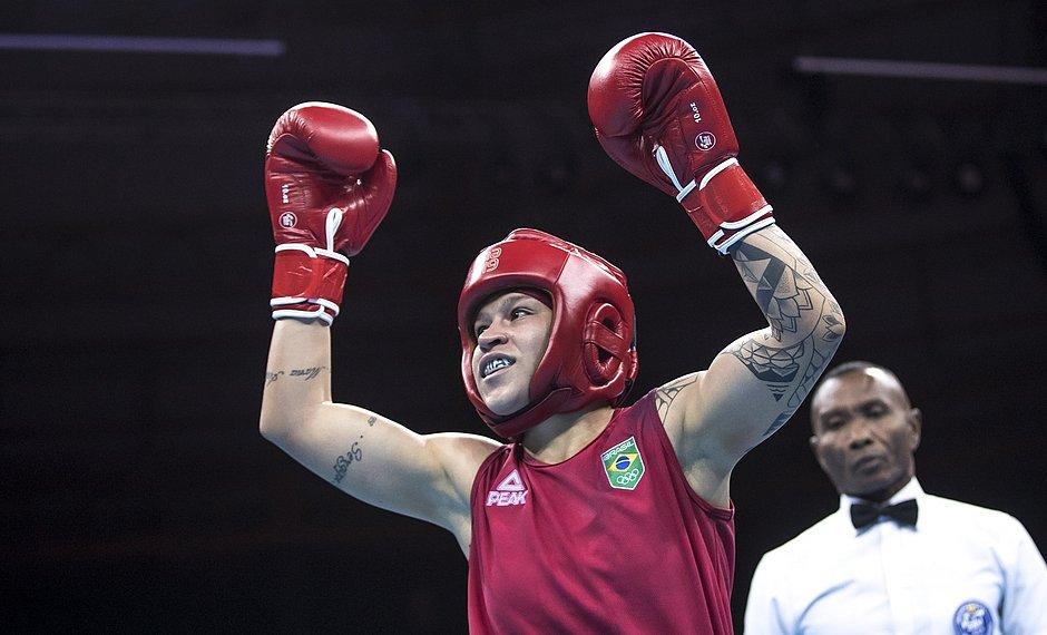 Bia Ferreira, baiana campeã mundial de boxe que nasceu para lutar