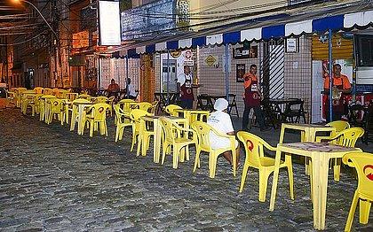 Bares e restaurantes voltam a funcionar nesta quarta-feira (7)