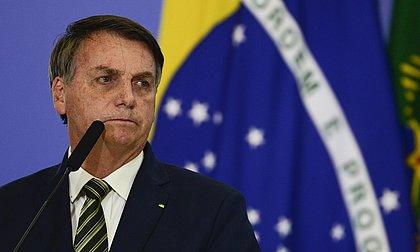 Bolsonaro apaga post do Facebook em que pedia votos a Russomano e outros aliados