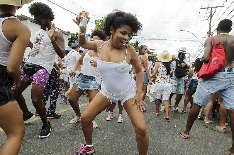 Foliã se diverte durante a festa
