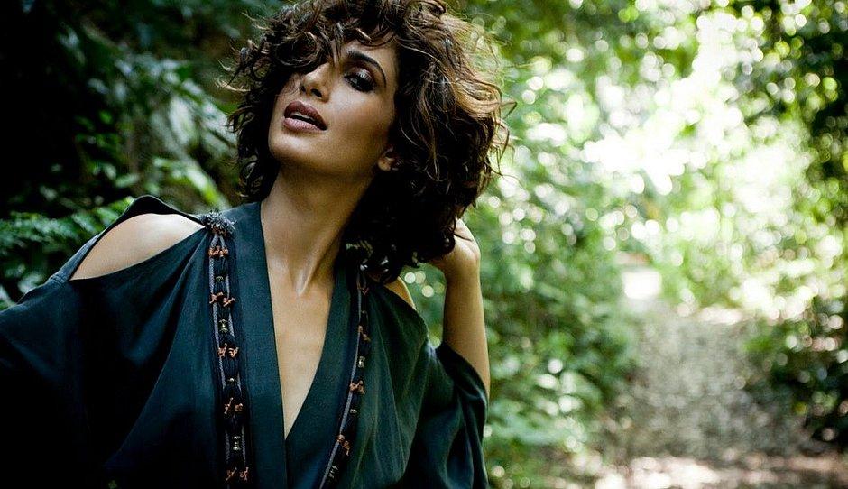 Globo nega demissão de Camila Pitanga; atriz estará em 'Aruanas 2'