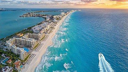 Hotéis são esvaziados em Cancún por furacão 'extremamente perigoso'