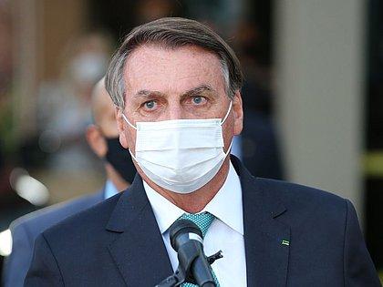 'A tabela quem fez fui eu, não foi o TCU', diz Bolsonaro após ser desmentido