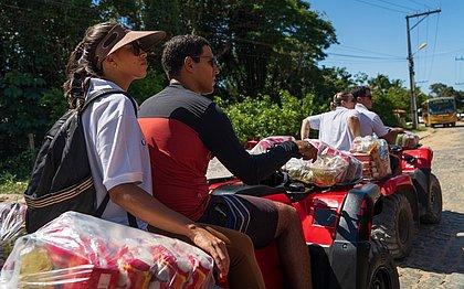 Moradores de Morro de São Paulo e Boipeba recebem ajuda de associação