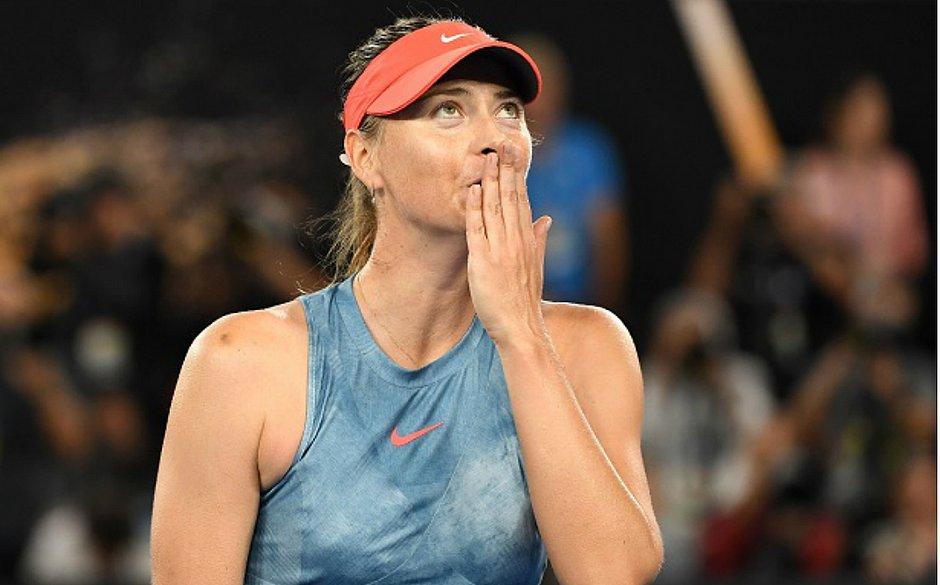 A russa Maria Sharapova anuncia aposentadoria