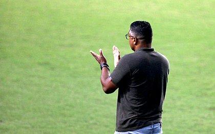 Roger diz que Bahia precisa ler melhor as situações do jogo