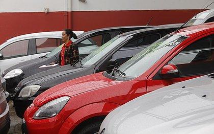 Venda de carros com 4 a 8 anos de uso cresceram mais que o dobro na Bahia