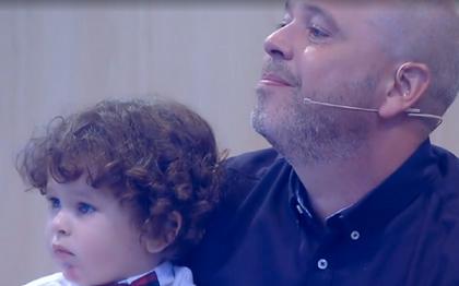 Alex Escobar revela problemas de relacionamento com filho