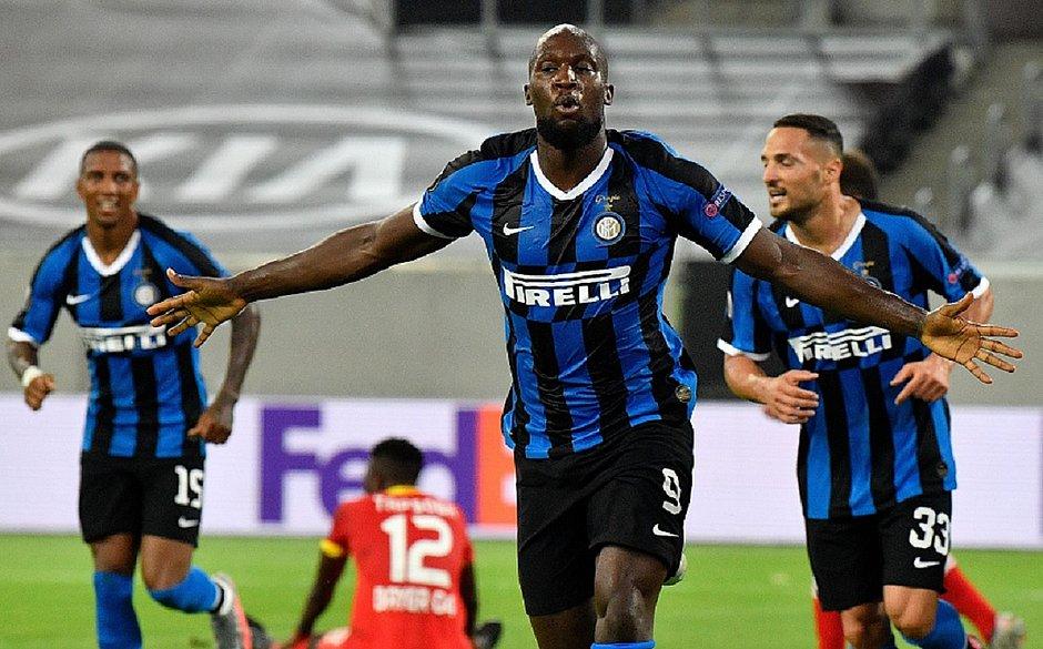 Lukaku brilha, Inter de Milão vence e vai às semis da Liga Europa