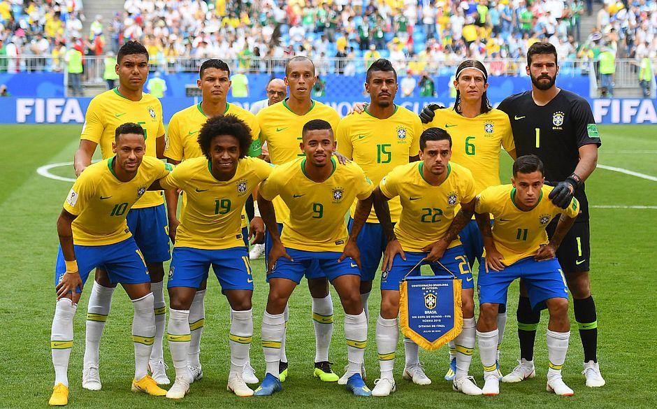 Brasil terá que passar por renovação na defesa (Manan Vatsyayana   AFP) 177fffdc7a3d8