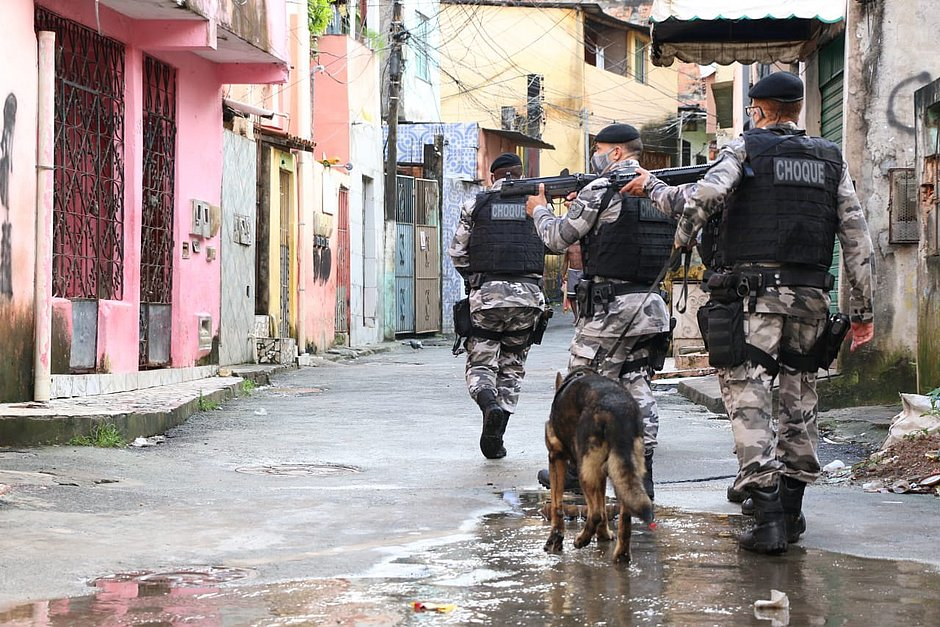 Palco de guerra entre facções, Engenho Velho da Federação é ocupado pela polícia