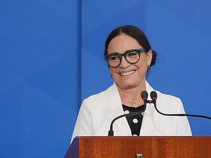 Exoneração de Regina Duarte da Secretaria da Cultura é publicada