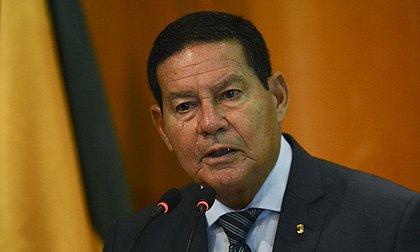 Mourão sai em defesa de Pazuello após pedido de inquérito no STF
