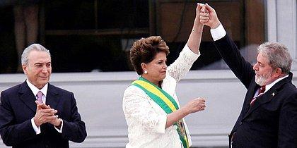 Dilma celebra indicação de documentário: 'Verdade não está enterrada'