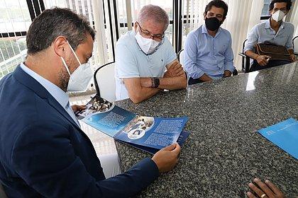 Projeto que homenageia Santa Dulce dos Pobres é apresentado ao Governo da Bahia