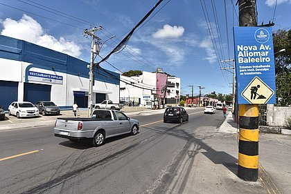 Prefeitura entrega 1ª etapa da requalificação da Avenida Aliomar Baleeiro
