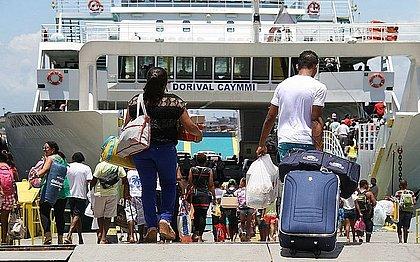 Ferry, lanchas e catamarã aumentam capacidade de passageiros de 50% para 75%