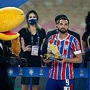 Gilberto ganhou prêmio de artilheiro do Nordestão com oito gols