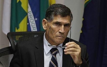 Bolsonaro demite Santos Cruz da Secretaria de Governo