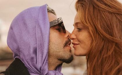 Pedro Scooby revela sexo inusitado no avião com a esposa: 'Na poltrona mesmo'