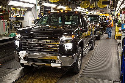 GM proíbe consumo de maconha e enfrenta falta de funcionários para as fábricas nos EUA