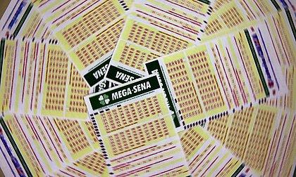 Mega-Sena acumula e próximo concurso deve pagar R$ 20 milhões