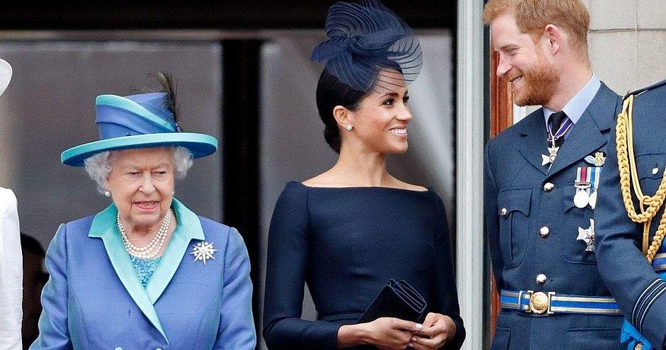 Rainha Elizabeth II aceita transição para Harry e Meghan