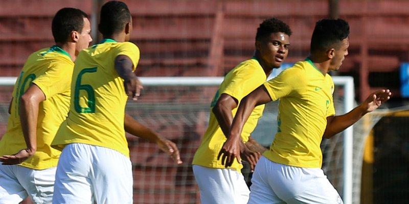 Lucas Ribeiro, do Vitória, é titular em duelo da Seleção Sub-20