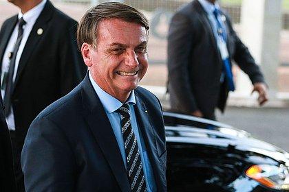 Bolsonaro afirma que não vai reforçar orçamento de combate à violência contra a mulher
