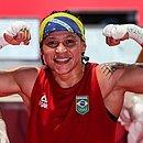 Beatriz Ferreira derrota Mira Potkonen, da Finlândia, e está na decisão da categoria até 60kg