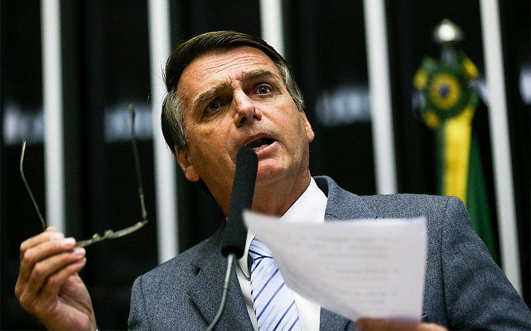 WhatsApp diz ao TSE que não foi contratado por campanha de Bolsonaro