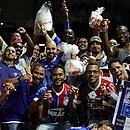 Antes do acordo, torcedores boicotaram os bares da Fonte Nova e consumiram cerveja do lado de fora do estádio