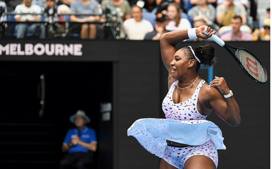 Serena Williams vence a russa Anastasia Potapova na estreia do Aberto da Austrália