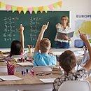 Candidatos devem ter Licenciatura em Matemática e experiência mínima de dois anos em escolas públicas do país