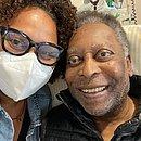 Filha de Pelé, Kely Nascimento postou foto ao lado do pai