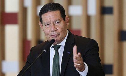 Mourão confirma reunião com Barroso e descarta impeachment de ministros