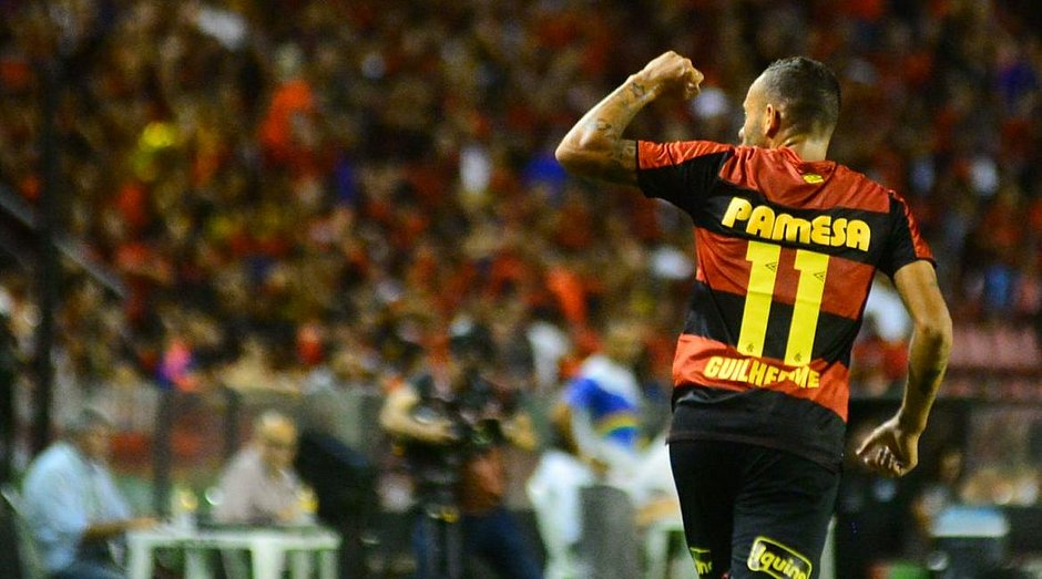 Guilherme marcou os dois gols do Sport