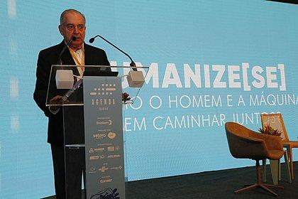 Antonio Carlos Júnior, presidente da Rede Bahia, deu as boas-vindas ao público do evento