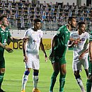 Bahia fez primeiro tempo ruim e voltou a tropeçar no Campeonato Brasileiro