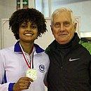 Miakotnykh (dir.) era técnico da Seleção Brasileira de Esgrima e de atletas como Ana Beatriz Bulcão (esq.)