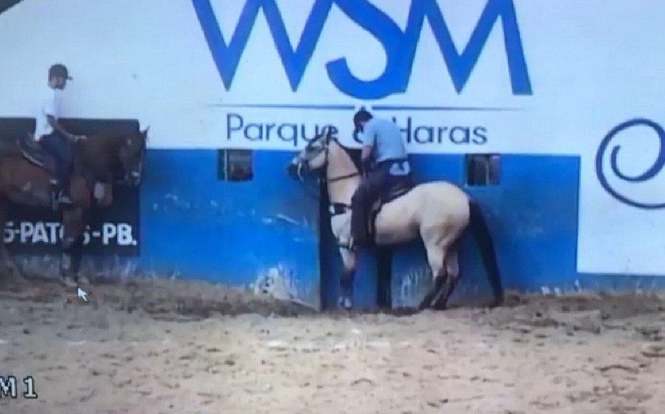 Empresário morre após cair de cavalo em vaquejada na Paraíba
