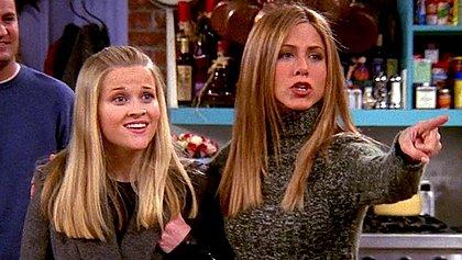Série será uma comédia romântica; artistas atuaram juntas em Friends